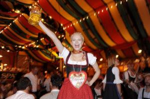 Franziska Knuppe im Hippodrom auf dem 176. Oktoberfest in MŸnchen am 28.09.09 Agency People Image (c) Markus Kehl