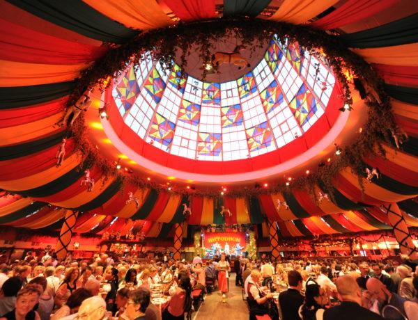 "Oktoberfest, ehemalige Wies«n Zelt ""Hippodrom"" im Postpalast wiedererweckt, Foto: ....., 18.September 2015 , Foto : C : Stephan Rumpf"