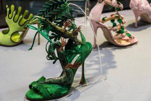 Выставка Маноло Бланик. Обувь как искусство