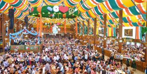 München_Schützen-Festzelt_Oktoberfest