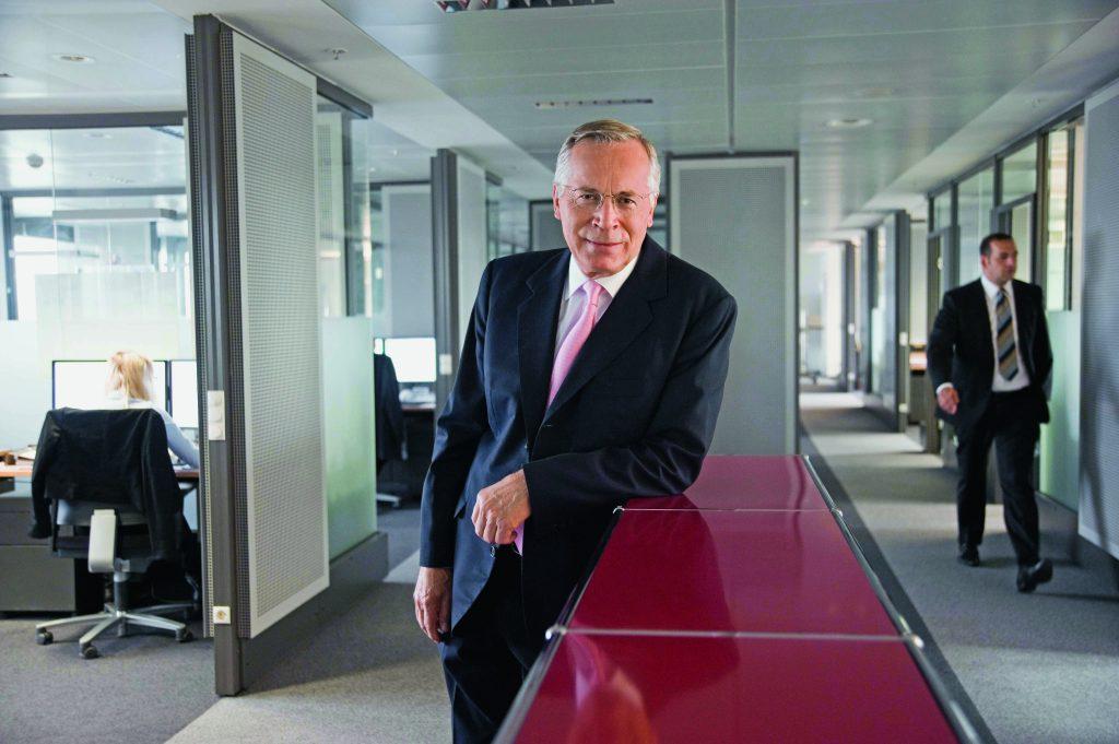Geschäftsführer Thomas Deininger - Reportage über die Firma Eurosearch Consultants in Frankfurt am 27.08.2013. Die Beraterfirma hat sich auf die Suche nach Arbeitnehmern und Führungskräften für die Wirtschaft spezialisiert.