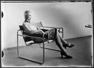 Sitzende_Breuersessel