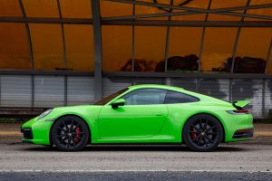 main_Porsche-911-carrera-s